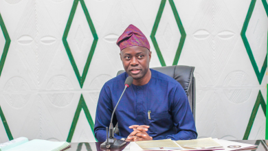 Photo of Seyi Makinde Apologizes for Allowing PDP Rally Amidst Coronavirus Outbreak