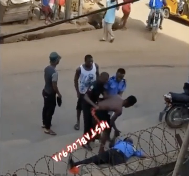 Policeman Faints While Trying to Arrest Suspect (Video)