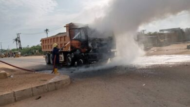 Photo of Angry  Mob Sets  Dangote Truck Ablaze for Crushing Okada Rider To Death