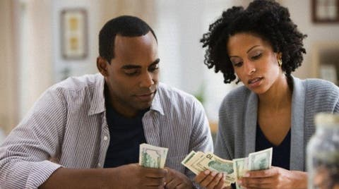 Lady Who Collects 120k Monthly Allowance from Boyfriend Demands They Open Joint Account